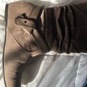 Kim Rogers boots